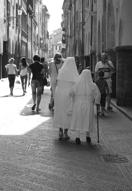 Chiavari Nuns